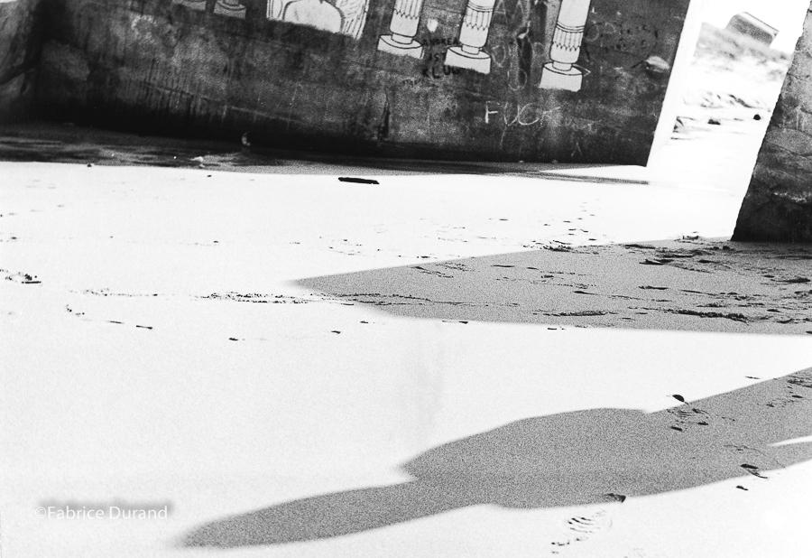 Ombre humaine Blockhaus peint Montalivet