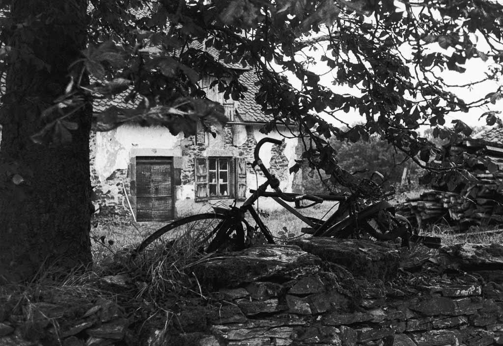 Vieux vélo au repos