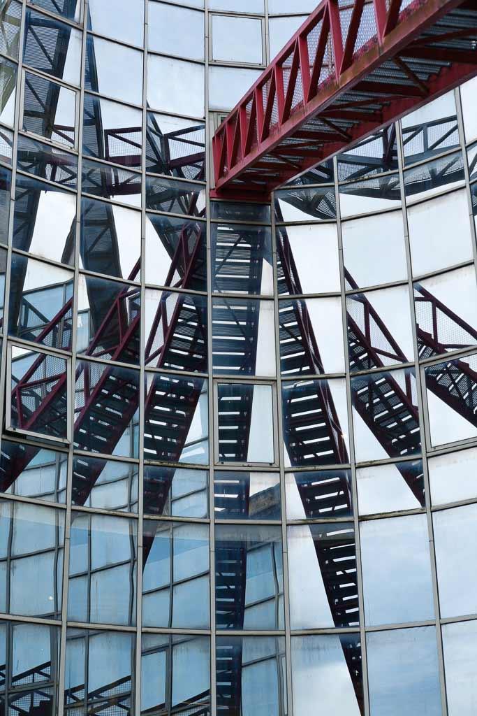 Reflets architecture Musée de la BD Angoulème