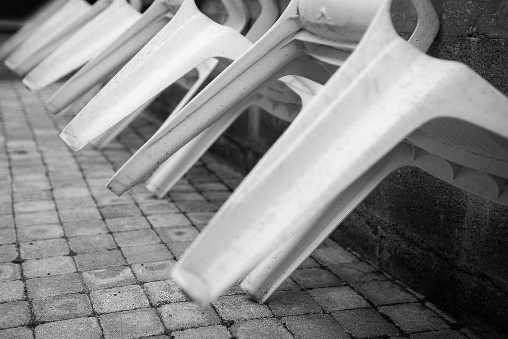 4 Chaises plastique 16 pieds