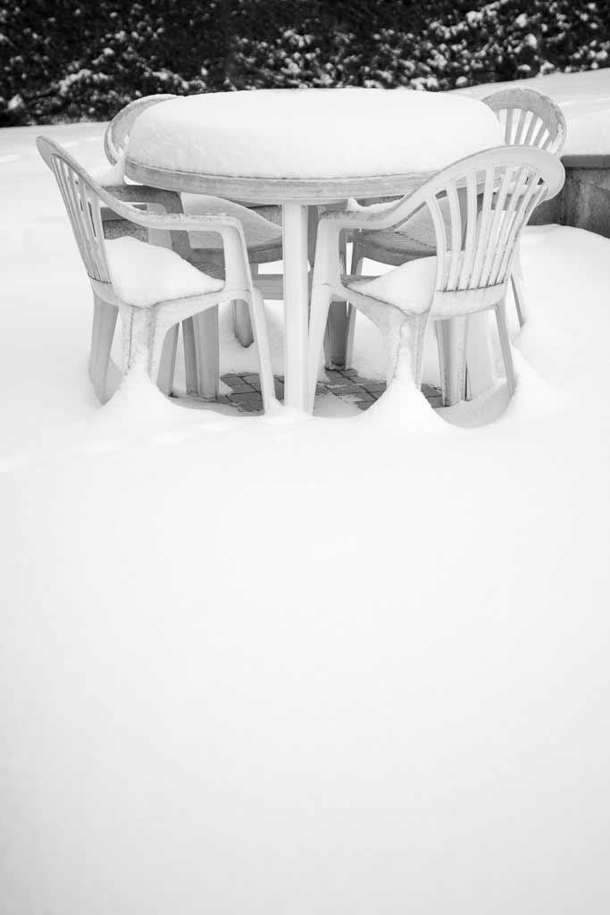 4 Chaises plastique ce tennant au chaud