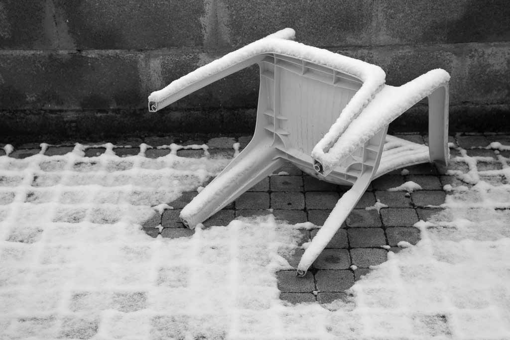 Chaise plastique silhouette de crime